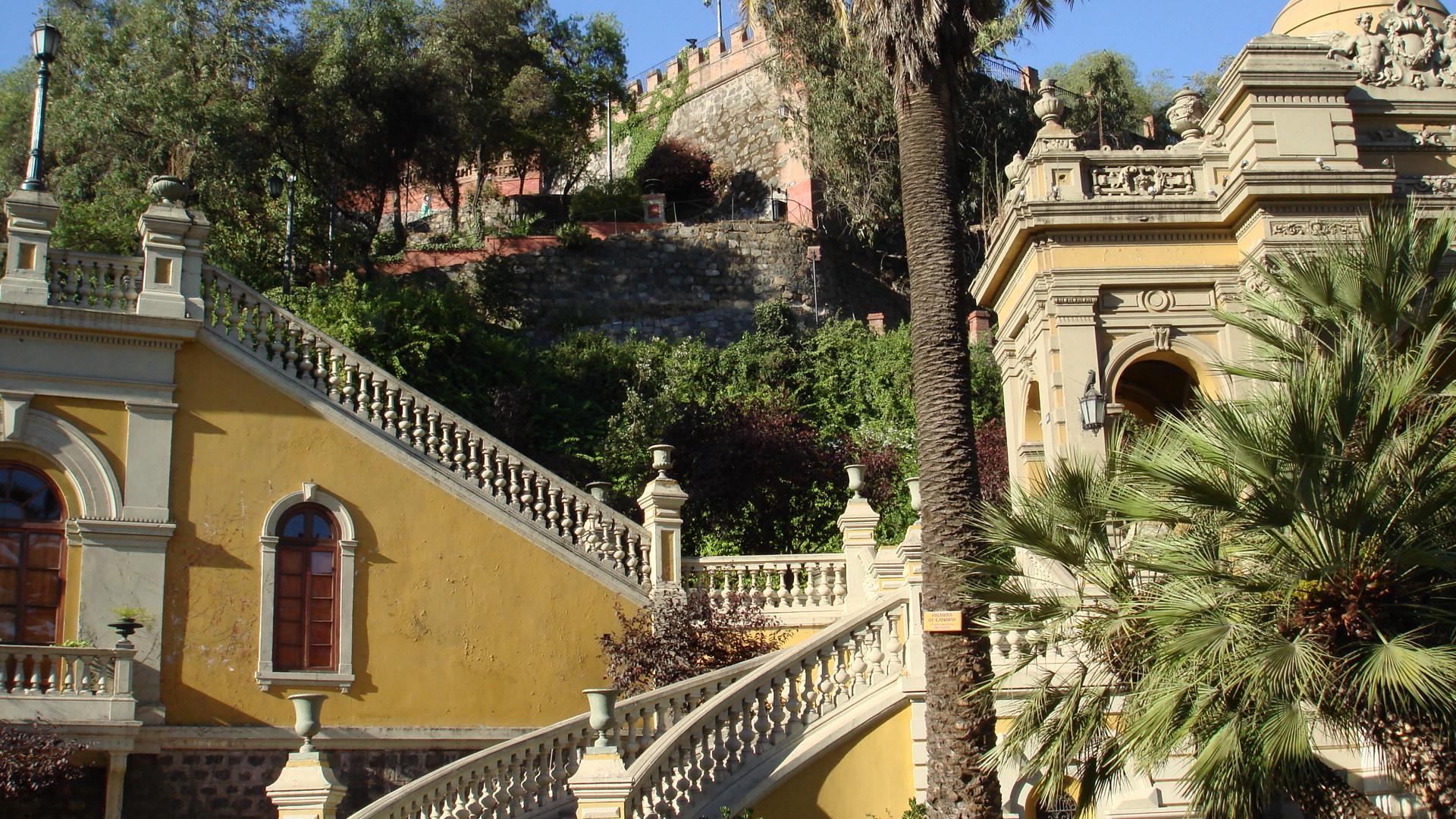 صور لدولة إيطاليا ( معلومات عن دولة إيطاليا cerro-santa-lucia1.jpg